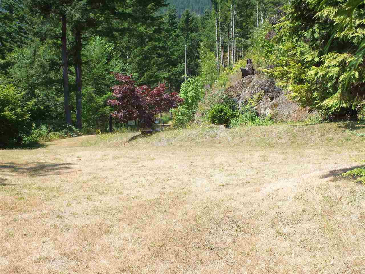 Detached at 22100 ROSS ROAD, Hope, British Columbia. Image 11