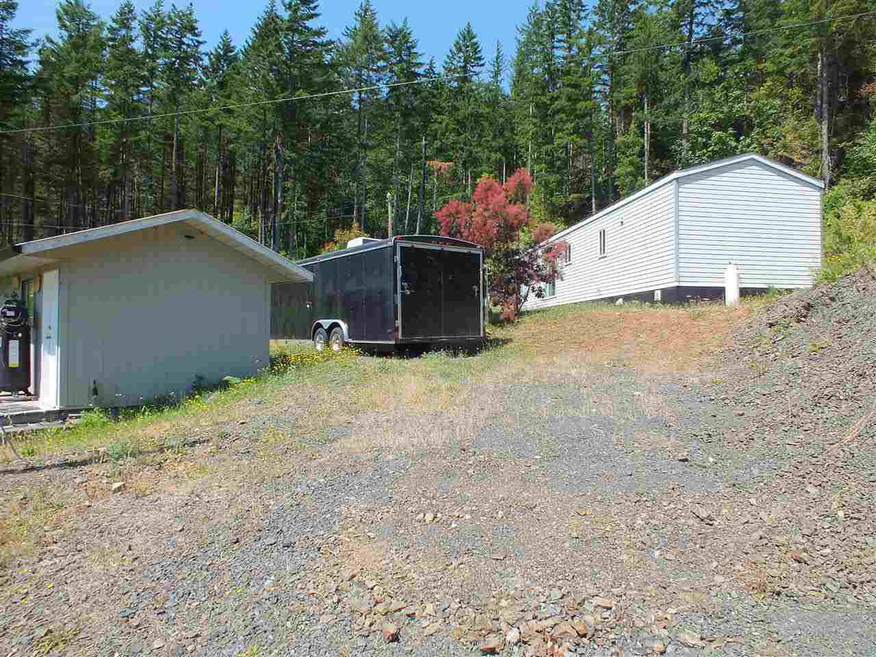 Detached at 22100 ROSS ROAD, Hope, British Columbia. Image 12