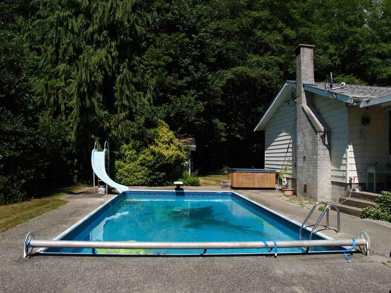 Detached at 1289 LOCKYER ROAD, Sunshine Coast, British Columbia. Image 1