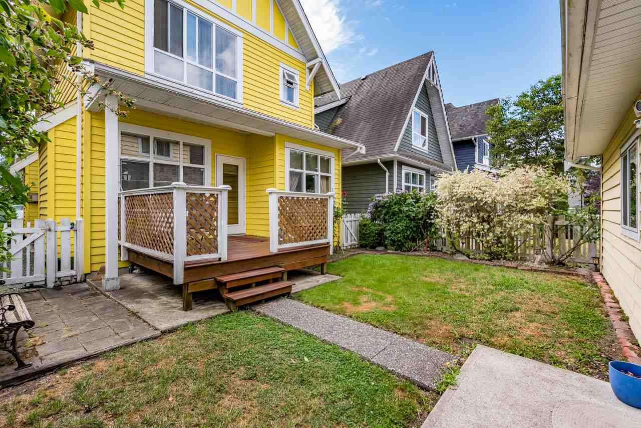 Detached at 1391 SOUTH DYKE ROAD, New Westminster, British Columbia. Image 16
