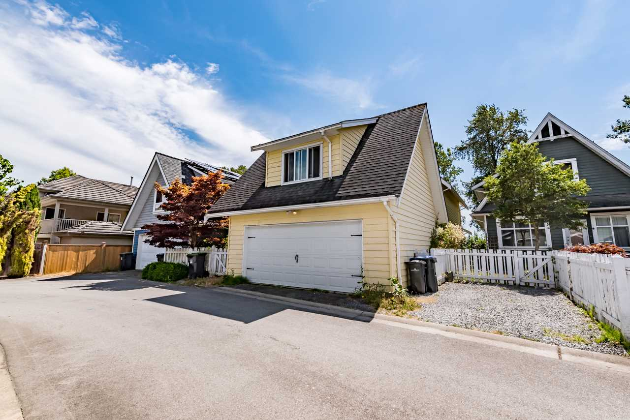 Detached at 1391 SOUTH DYKE ROAD, New Westminster, British Columbia. Image 20
