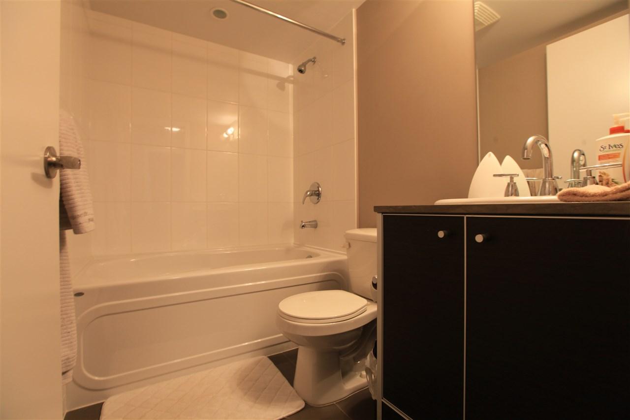 Condo Apartment at 2609 13688 100 AVENUE, Unit 2609, North Surrey, British Columbia. Image 7