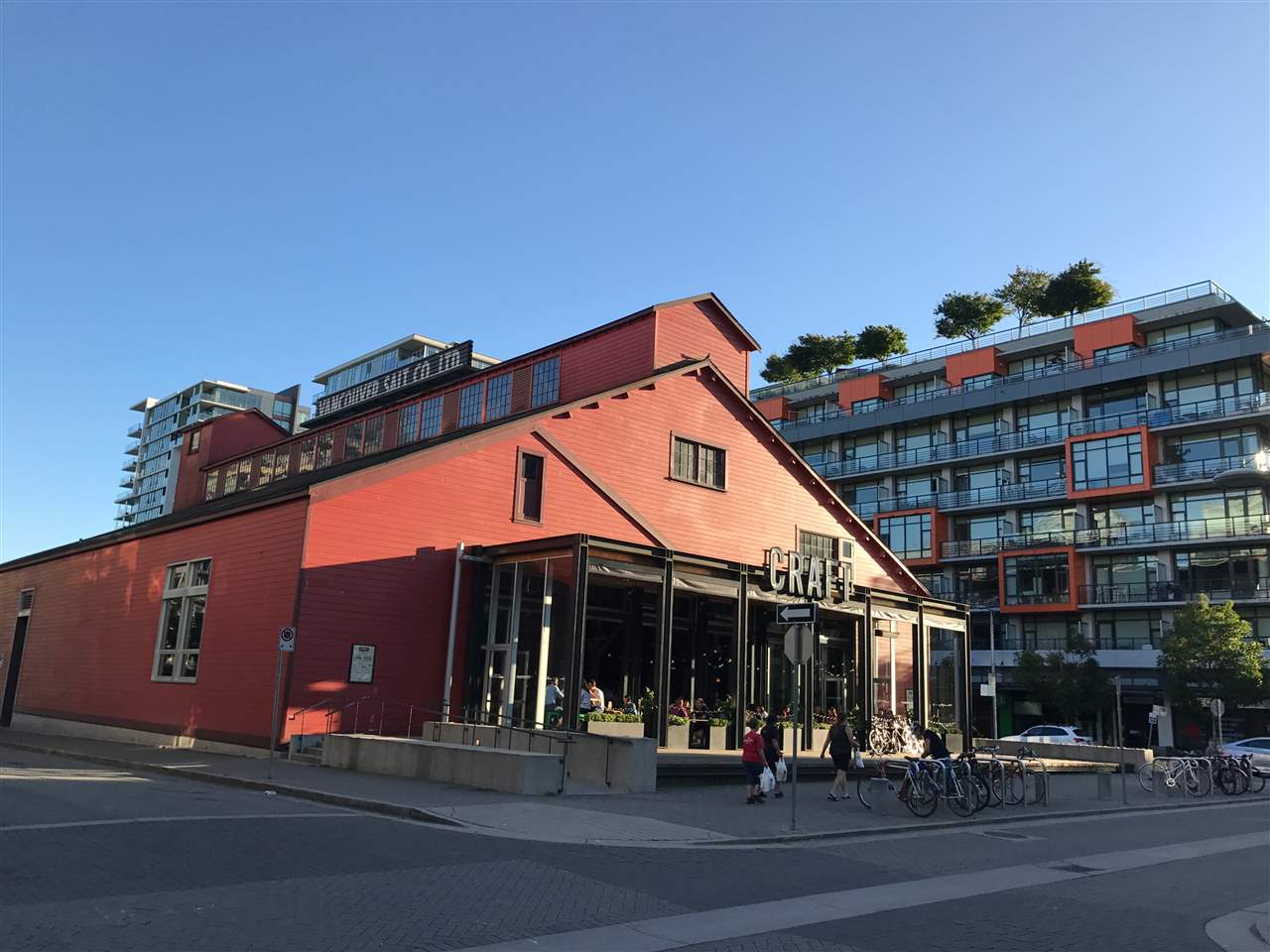 Condo Apartment at 21 77 WALTER HARDWICK AVENUE, Unit 21, Vancouver West, British Columbia. Image 17