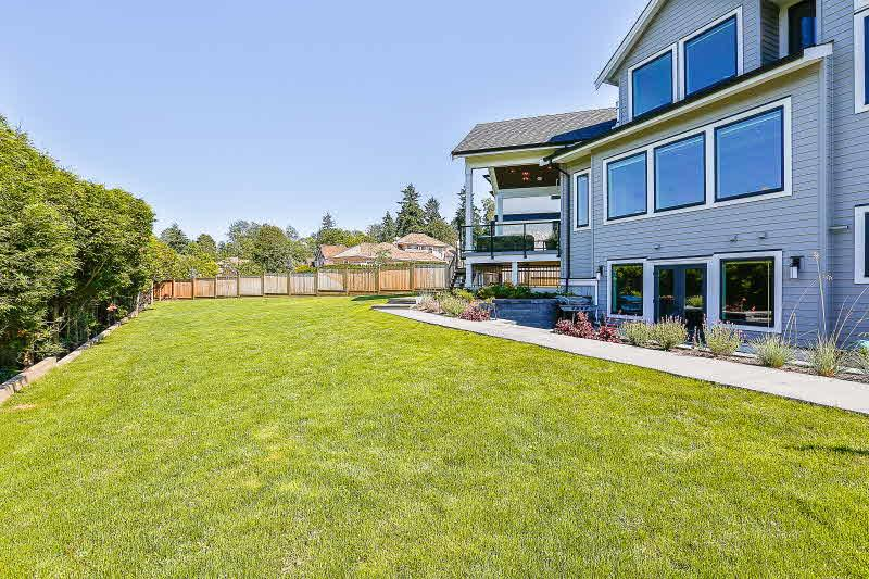 Detached at 16469 26B AVENUE, South Surrey White Rock, British Columbia. Image 18