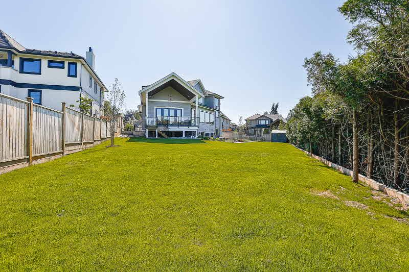 Detached at 16469 26B AVENUE, South Surrey White Rock, British Columbia. Image 20
