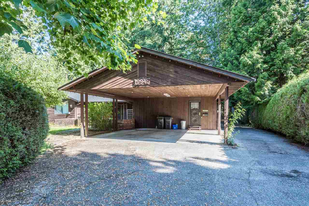 Detached at 19945 44 AVENUE, Langley, British Columbia. Image 2