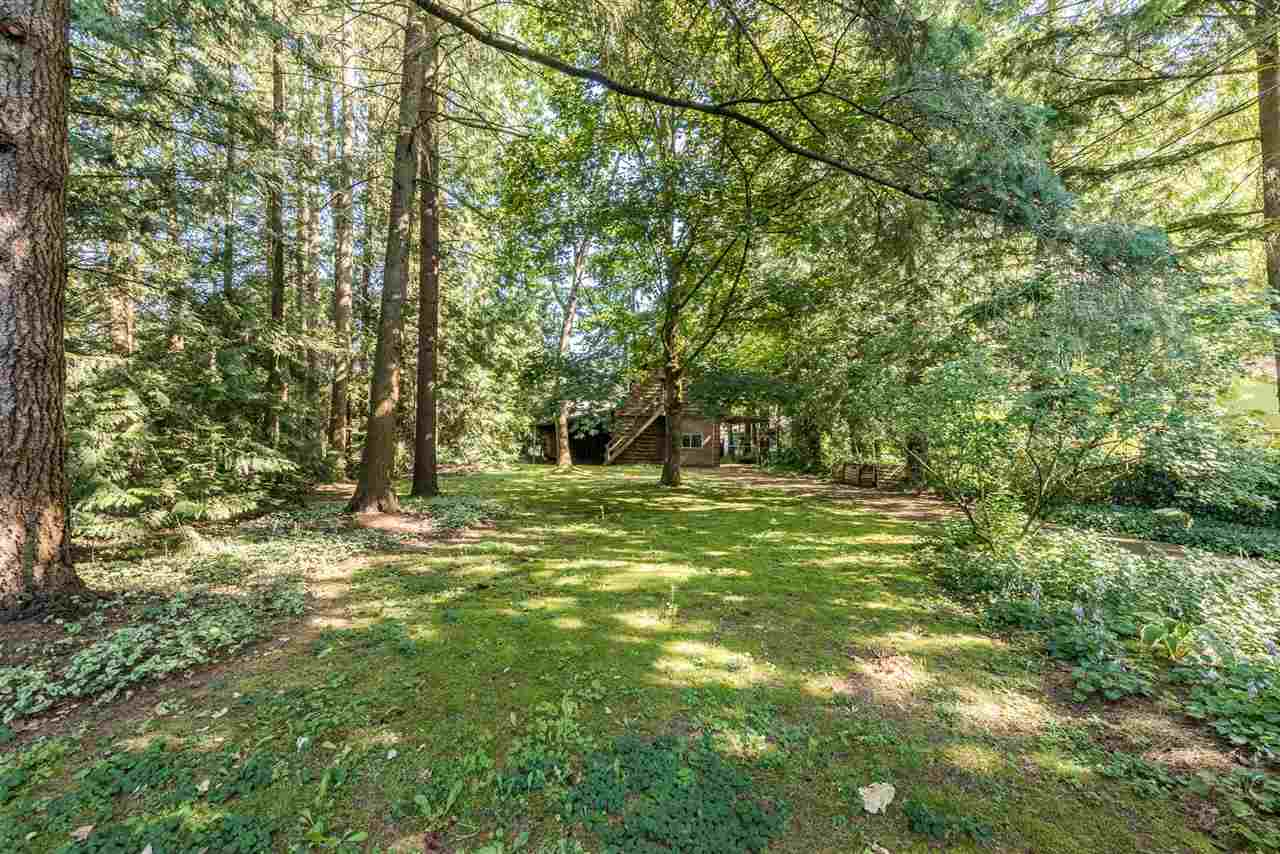 Detached at 19945 44 AVENUE, Langley, British Columbia. Image 5