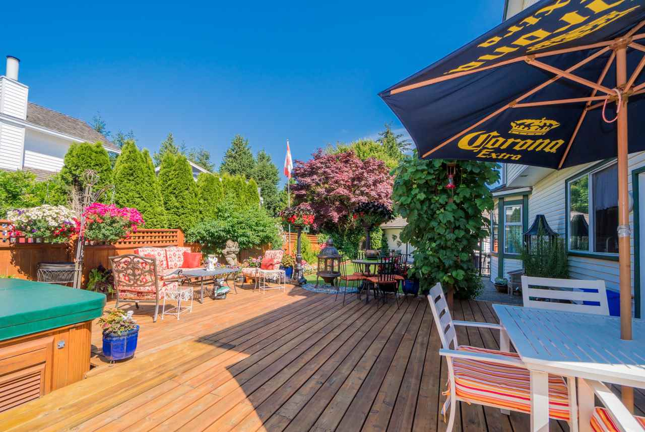 Detached at 1915 130A STREET, South Surrey White Rock, British Columbia. Image 18