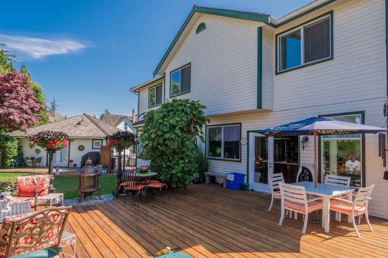 Detached at 1915 130A STREET, South Surrey White Rock, British Columbia. Image 19