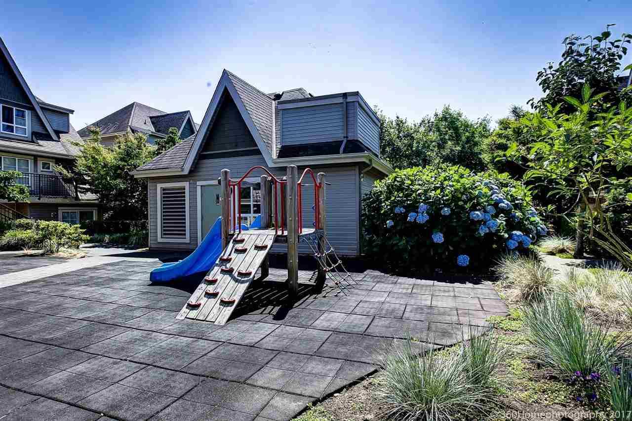 Condo Apartment at 17 9339 ALBERTA ROAD, Unit 17, Richmond, British Columbia. Image 2