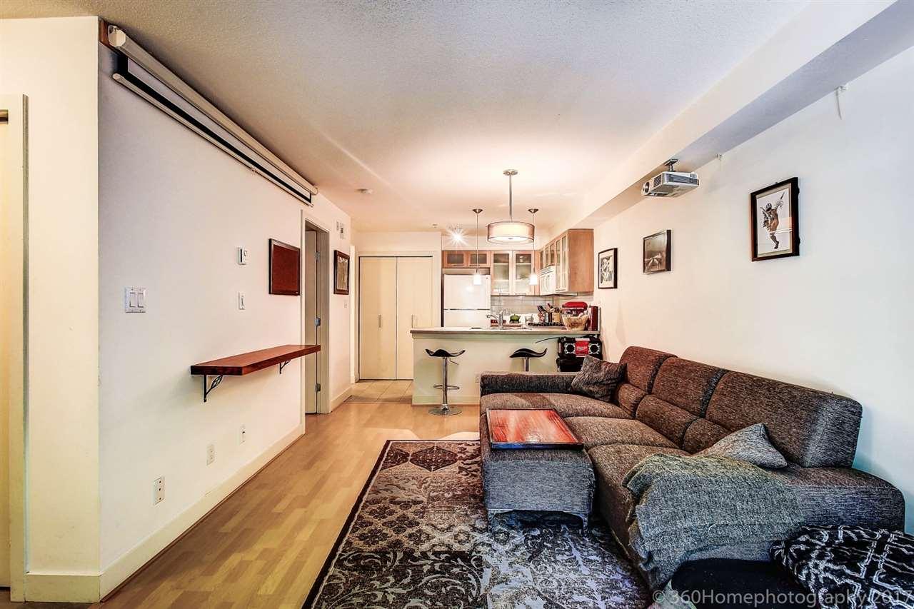 Condo Apartment at 17 9339 ALBERTA ROAD, Unit 17, Richmond, British Columbia. Image 3