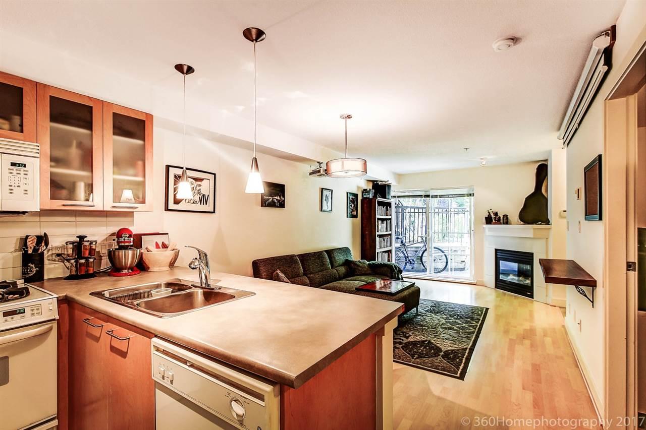 Condo Apartment at 17 9339 ALBERTA ROAD, Unit 17, Richmond, British Columbia. Image 6