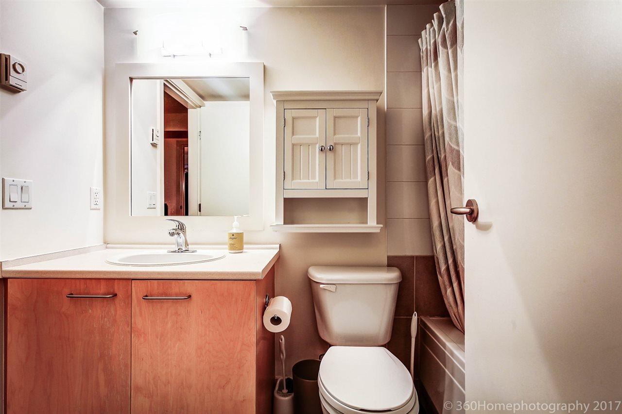 Condo Apartment at 17 9339 ALBERTA ROAD, Unit 17, Richmond, British Columbia. Image 9
