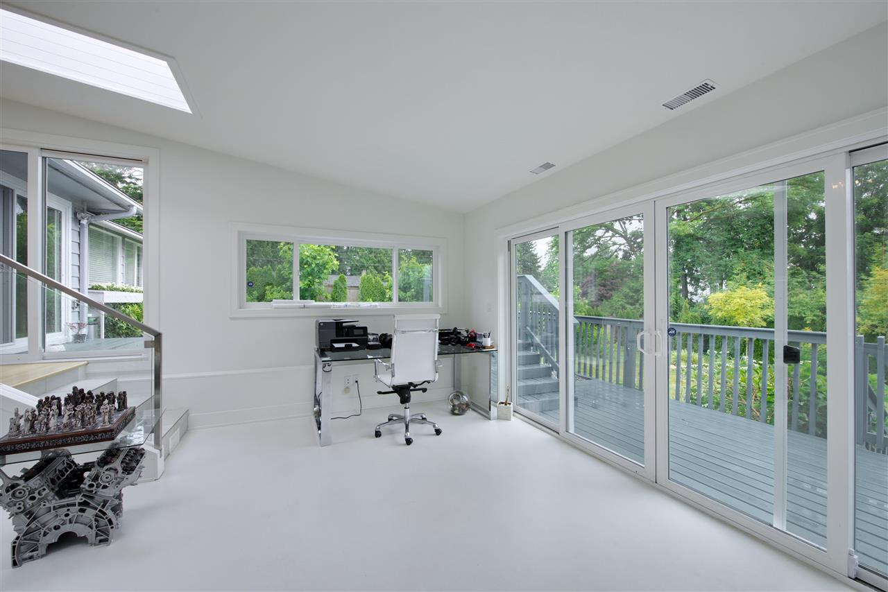 Detached at 4113 CADDY ROAD, North Vancouver, British Columbia. Image 12