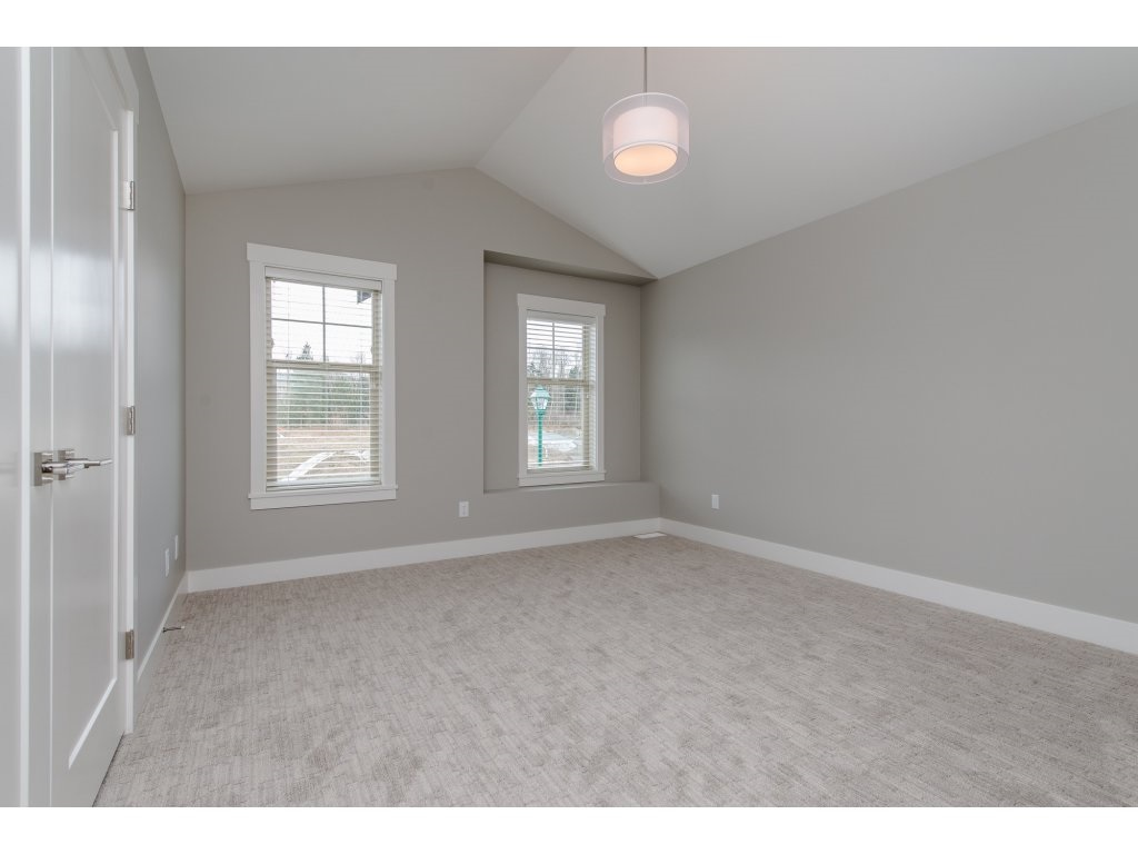 Detached at 35939 EMILY CARR CRESCENT, Abbotsford, British Columbia. Image 16