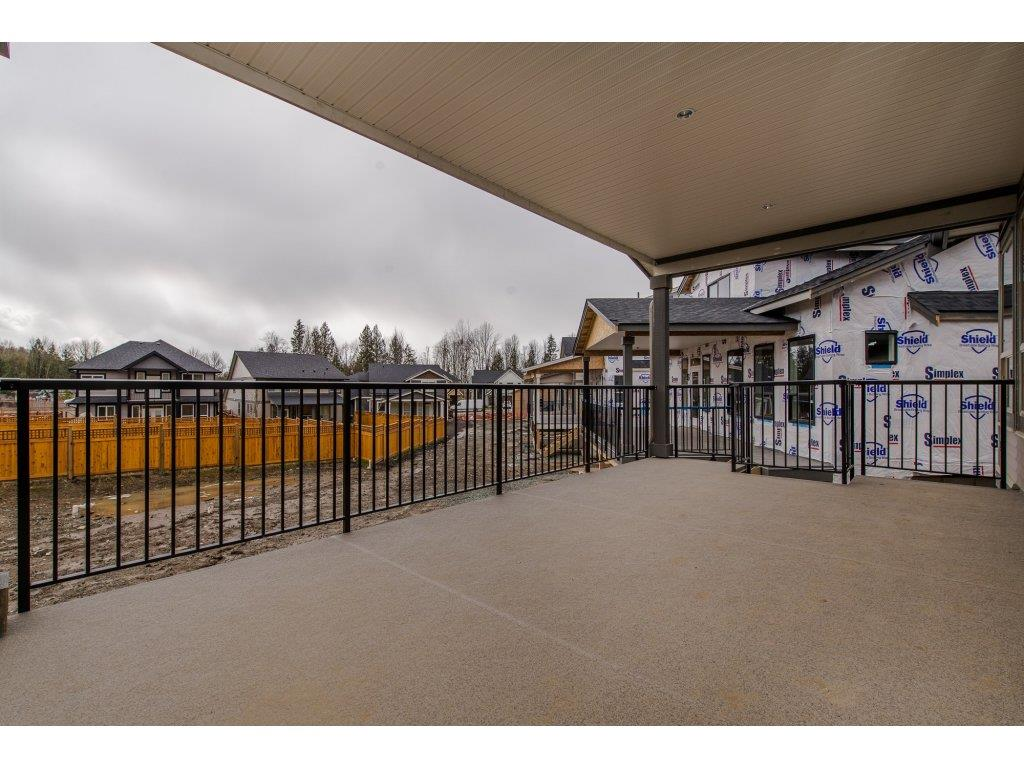 Detached at 35939 EMILY CARR CRESCENT, Abbotsford, British Columbia. Image 18