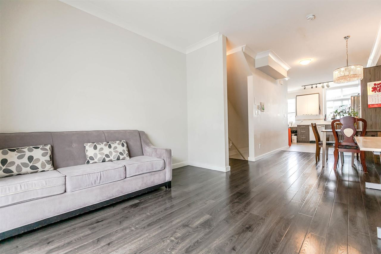 Townhouse at 507 7533 GILLEY AVENUE, Unit 507, Burnaby South, British Columbia. Image 7