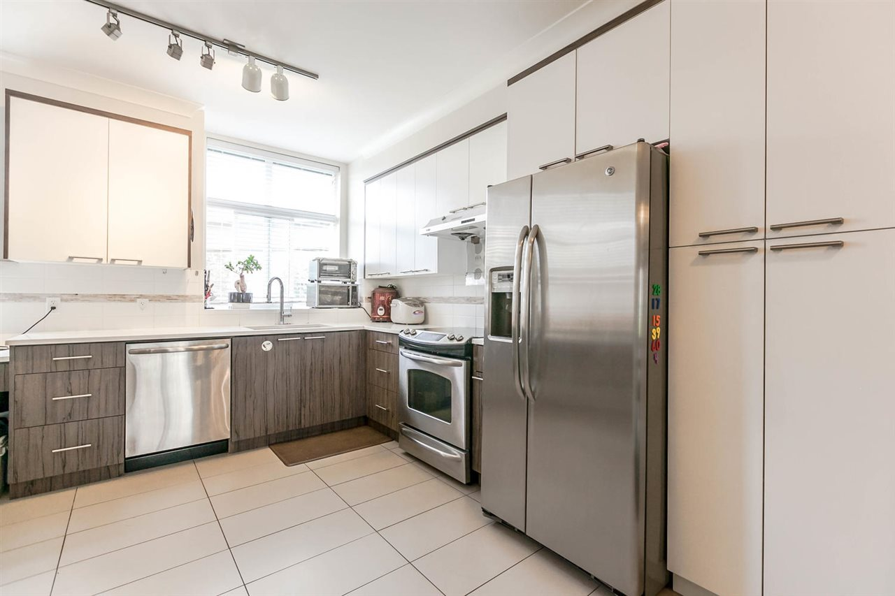 Townhouse at 507 7533 GILLEY AVENUE, Unit 507, Burnaby South, British Columbia. Image 12