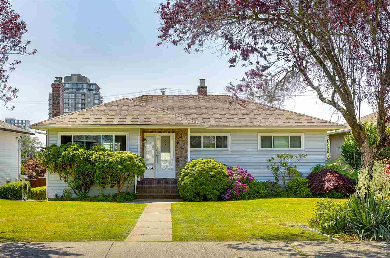 Detached at 4836 BRENTLAWN DRIVE, Burnaby North, British Columbia. Image 1