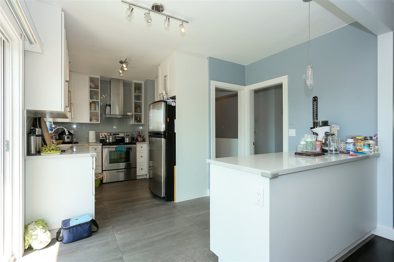 Detached at 4836 BRENTLAWN DRIVE, Burnaby North, British Columbia. Image 11