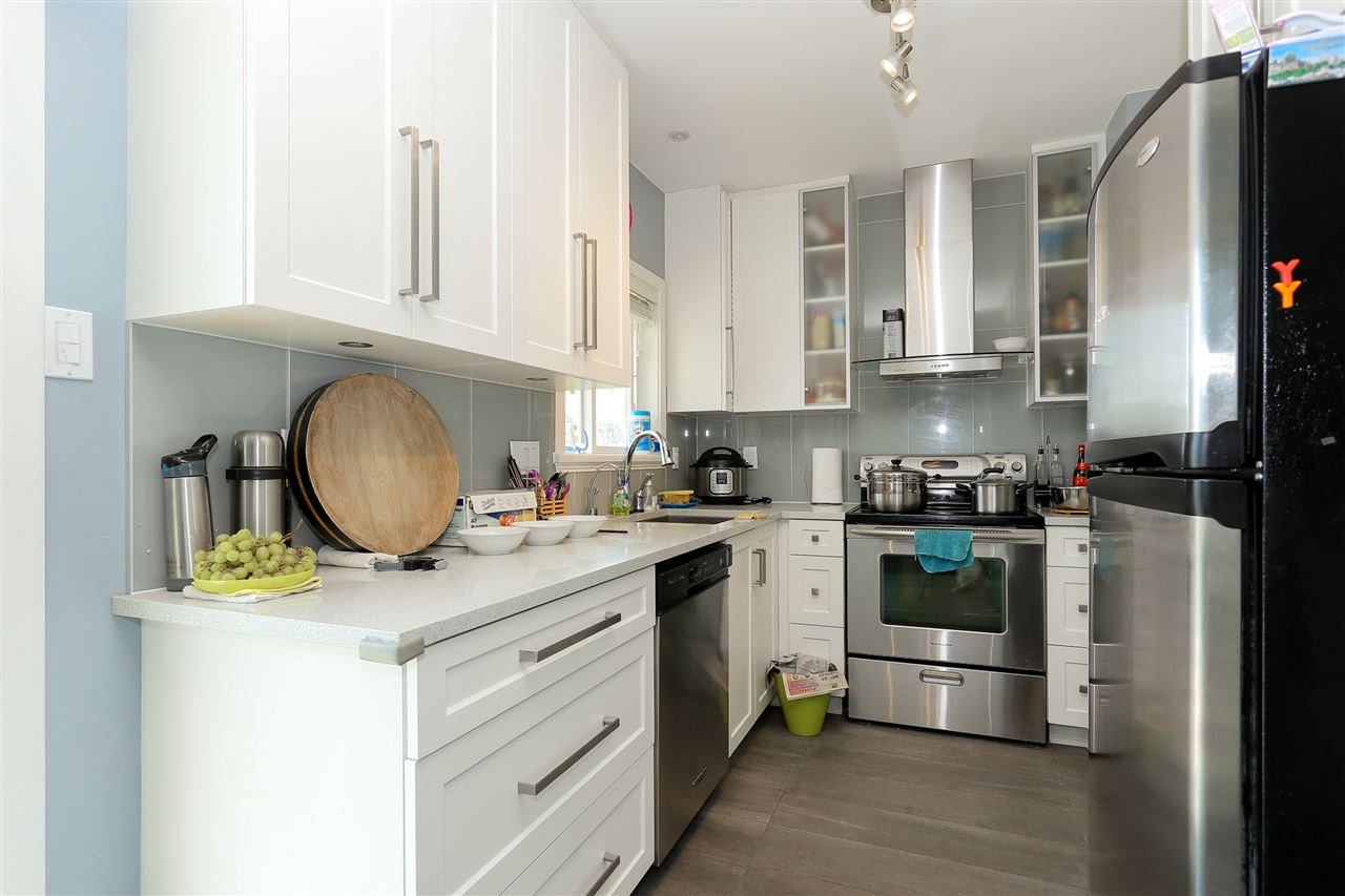 Detached at 4836 BRENTLAWN DRIVE, Burnaby North, British Columbia. Image 12