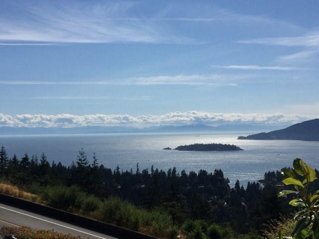Detached at 4788 WESTPORT ROAD, West Vancouver, British Columbia. Image 1