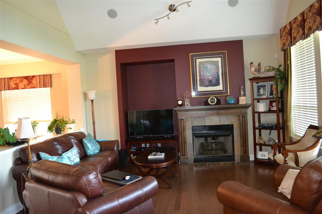 Detached at 23 3300 157A STREET, Unit 23, South Surrey White Rock, British Columbia. Image 5