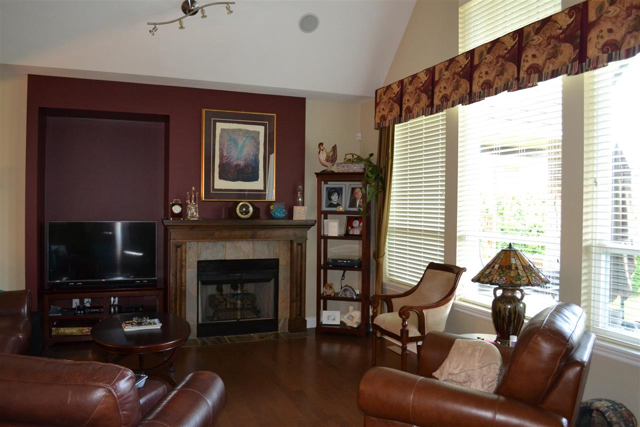 Detached at 23 3300 157A STREET, Unit 23, South Surrey White Rock, British Columbia. Image 6