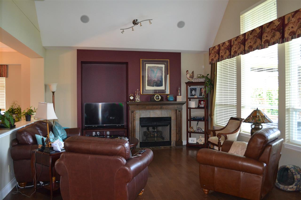 Detached at 23 3300 157A STREET, Unit 23, South Surrey White Rock, British Columbia. Image 7