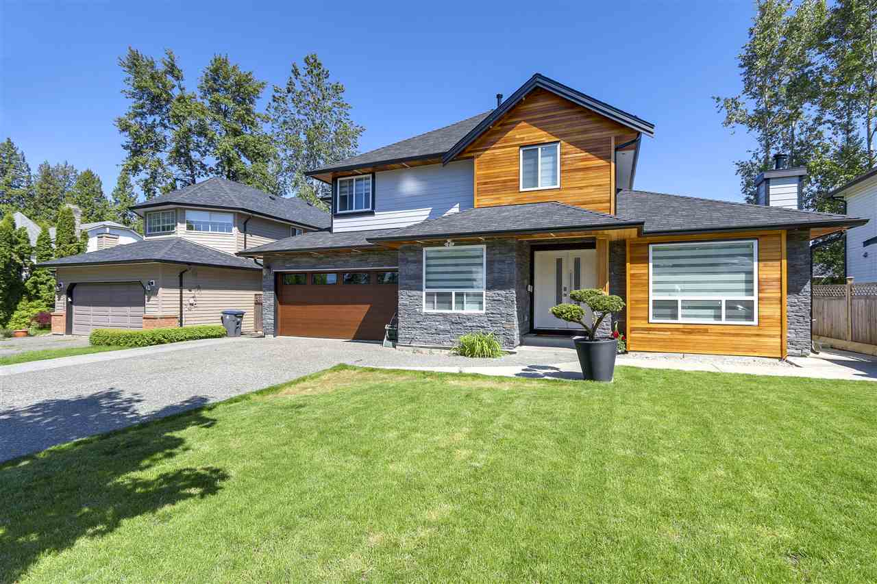 Detached at 15275 111A AVENUE, North Surrey, British Columbia. Image 1