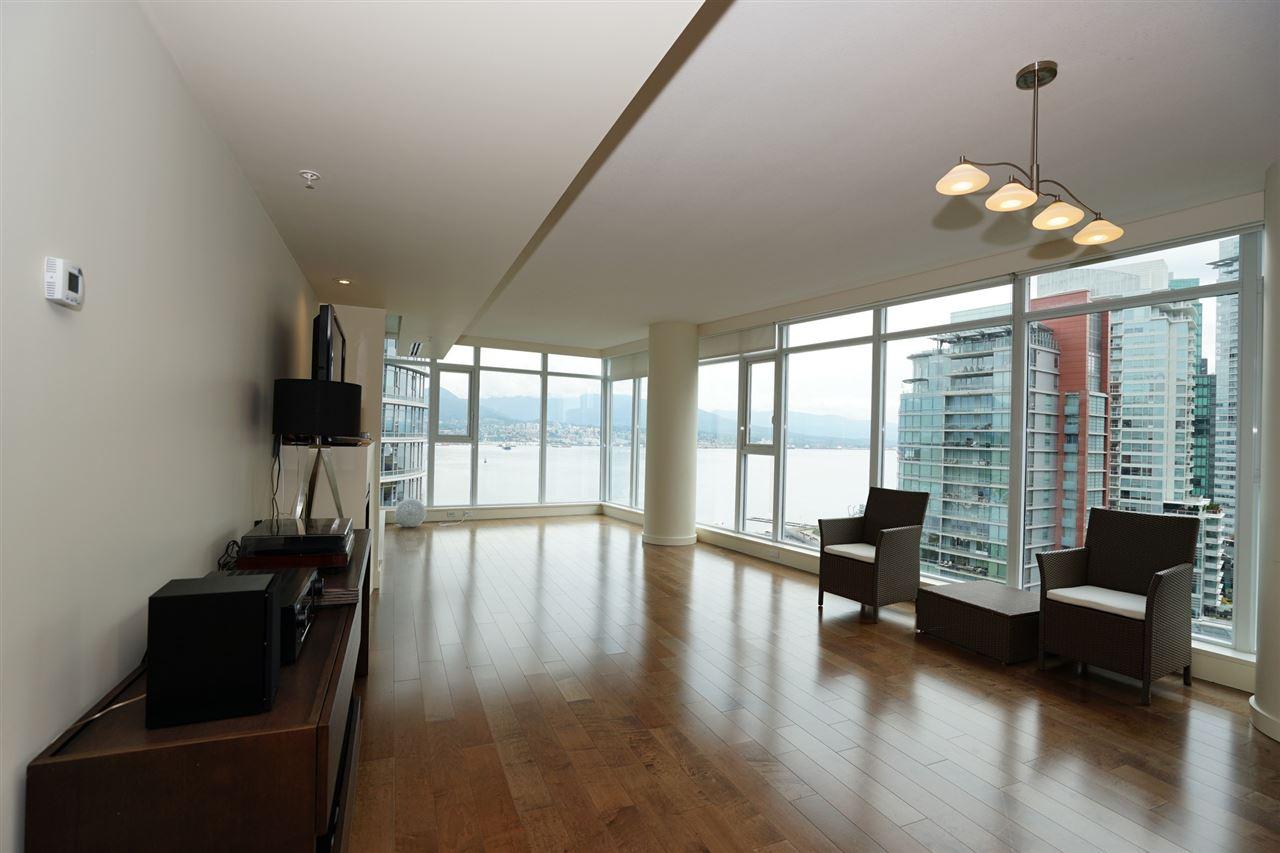 Condo Apartment at 2103 1205 W HASTINGS STREET, Unit 2103, Vancouver West, British Columbia. Image 8