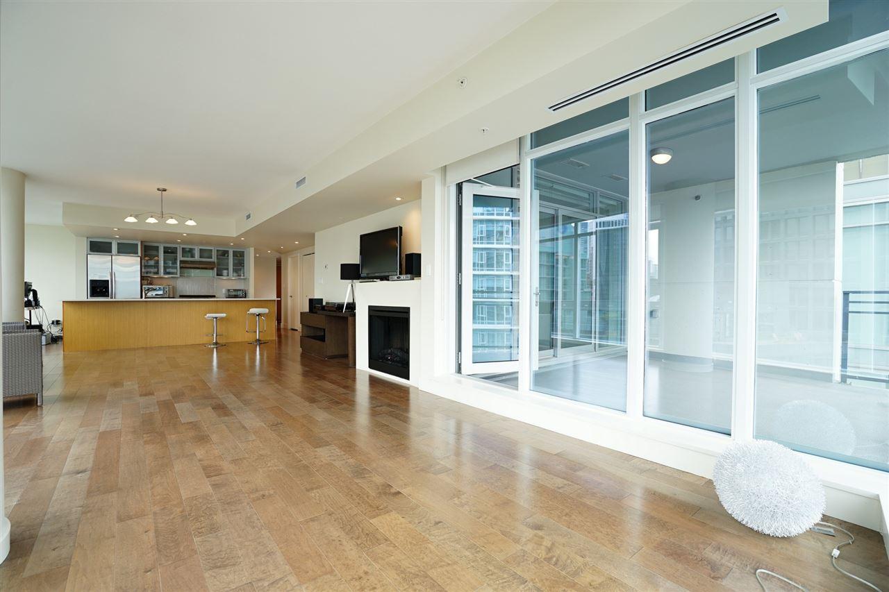 Condo Apartment at 2103 1205 W HASTINGS STREET, Unit 2103, Vancouver West, British Columbia. Image 11