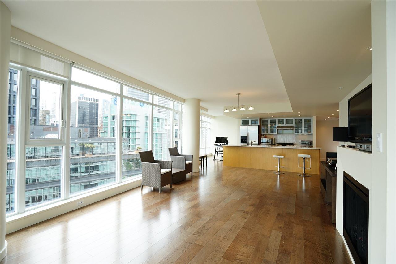 Condo Apartment at 2103 1205 W HASTINGS STREET, Unit 2103, Vancouver West, British Columbia. Image 12