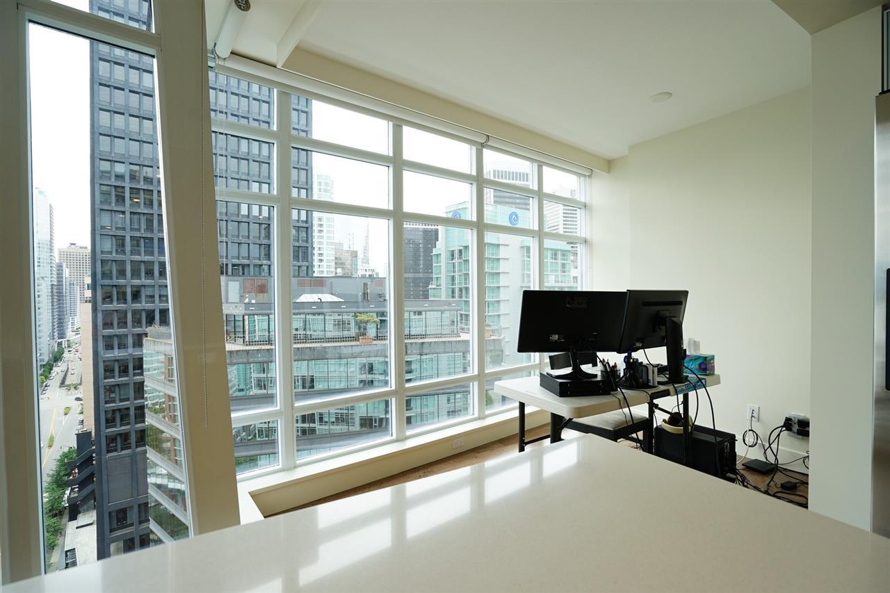 Condo Apartment at 2103 1205 W HASTINGS STREET, Unit 2103, Vancouver West, British Columbia. Image 13
