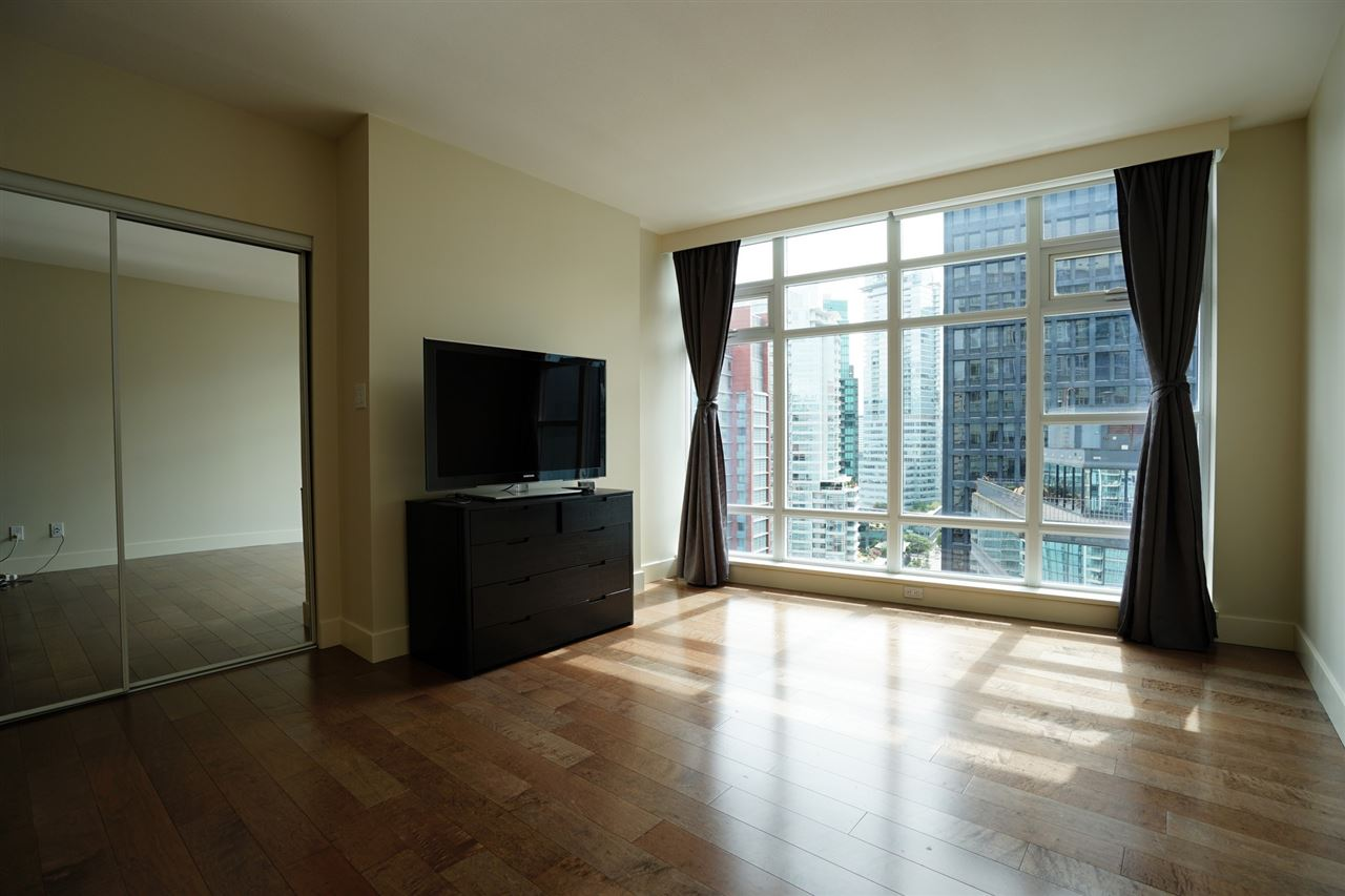 Condo Apartment at 2103 1205 W HASTINGS STREET, Unit 2103, Vancouver West, British Columbia. Image 14
