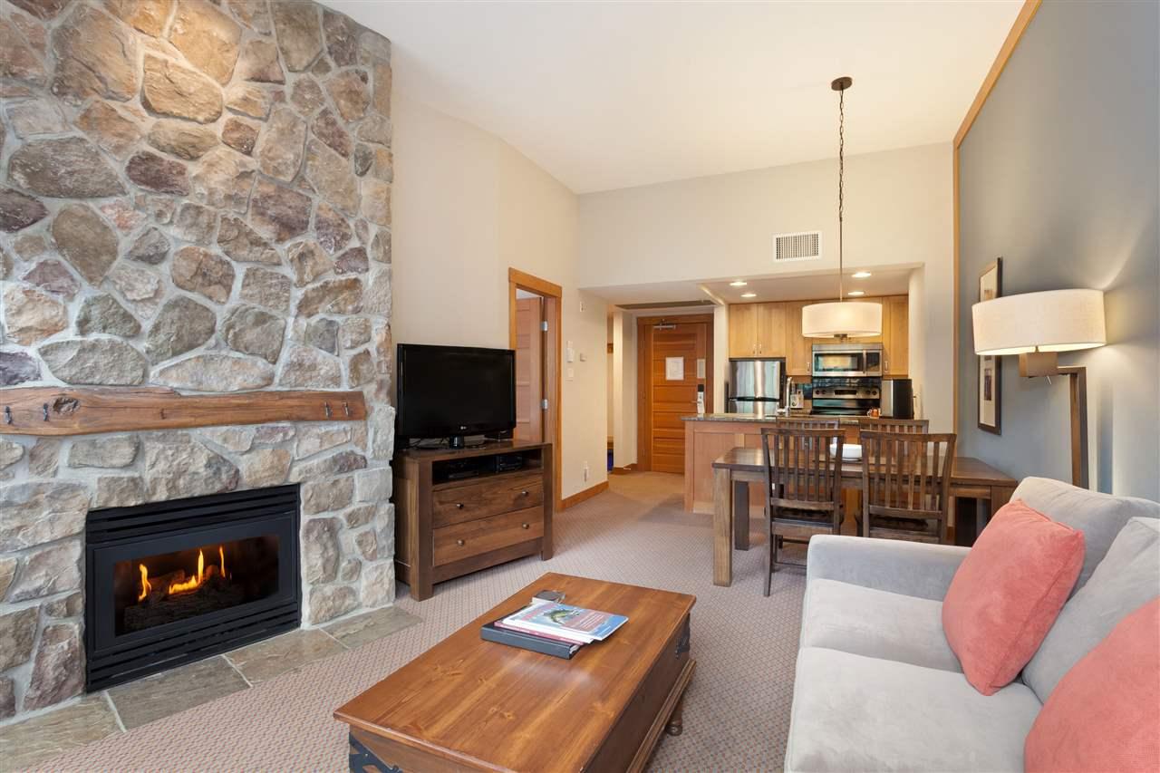 Condo Apartment at 405C 2036 LONDON LANE, Unit 405C, Whistler, British Columbia. Image 2