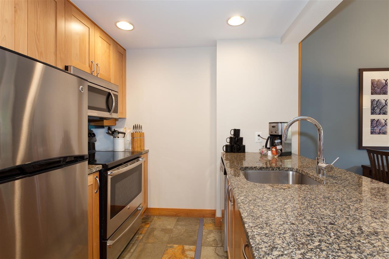 Condo Apartment at 405C 2036 LONDON LANE, Unit 405C, Whistler, British Columbia. Image 6