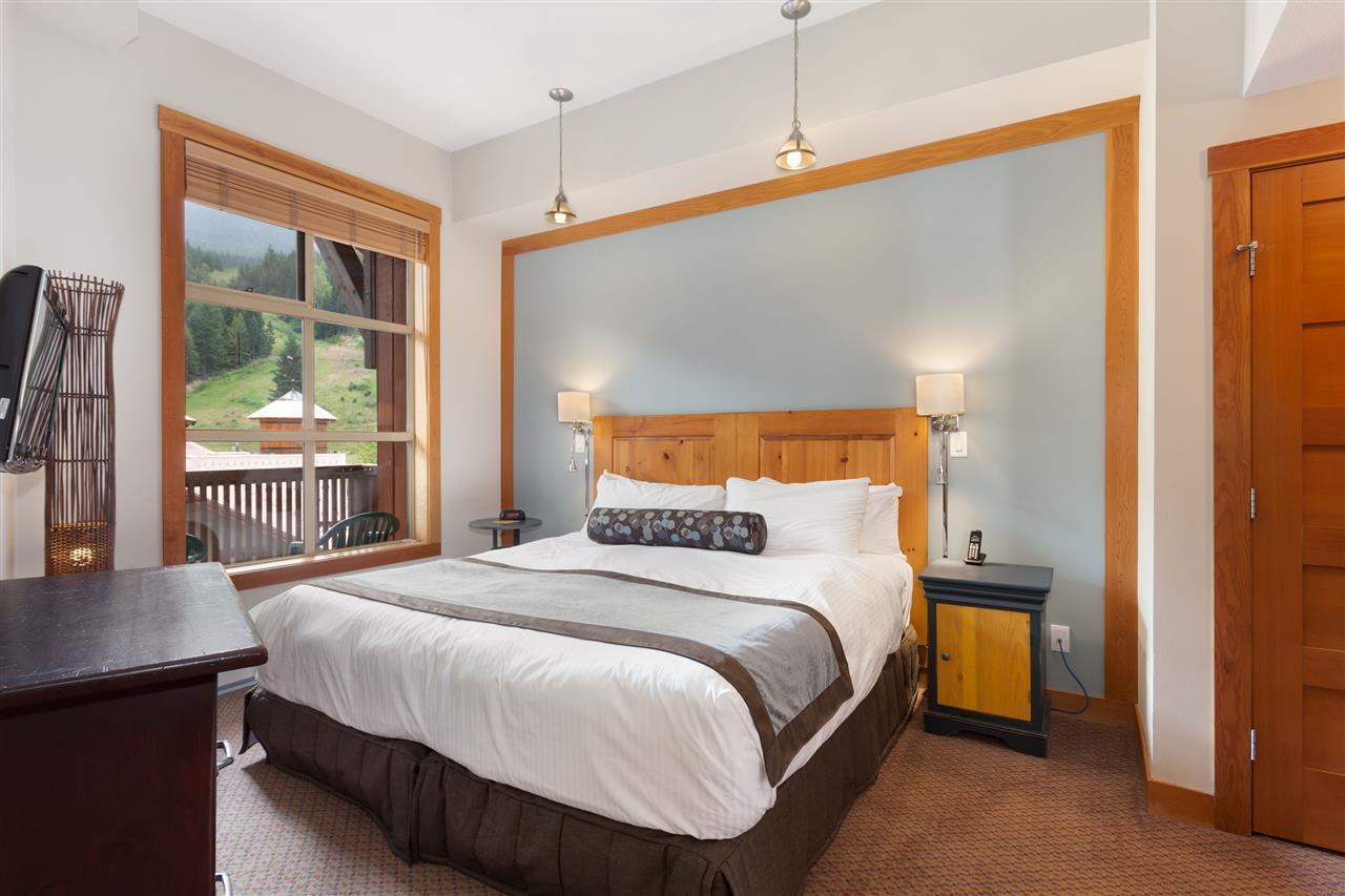 Condo Apartment at 405C 2036 LONDON LANE, Unit 405C, Whistler, British Columbia. Image 7