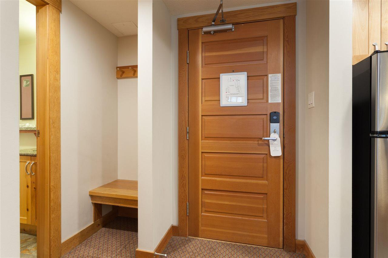 Condo Apartment at 405C 2036 LONDON LANE, Unit 405C, Whistler, British Columbia. Image 9