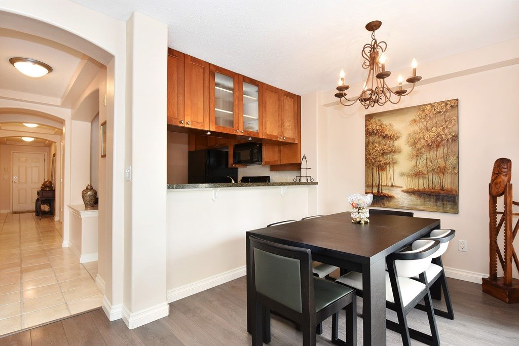 Condo Apartment at 204 4542 W 10TH AVENUE, Unit 204, Vancouver West, British Columbia. Image 6