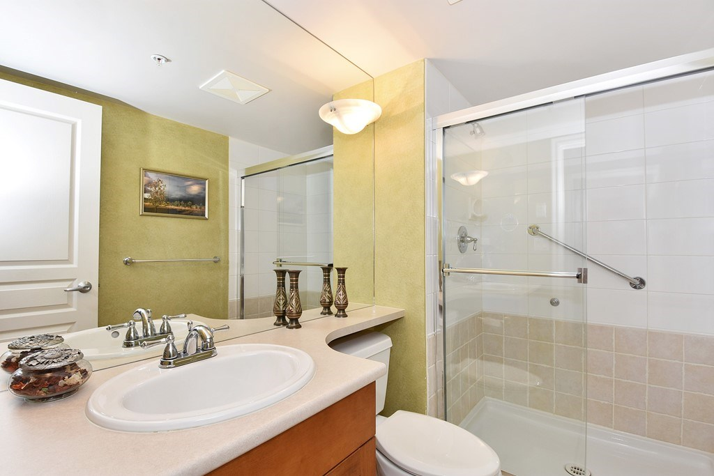 Condo Apartment at 204 4542 W 10TH AVENUE, Unit 204, Vancouver West, British Columbia. Image 11