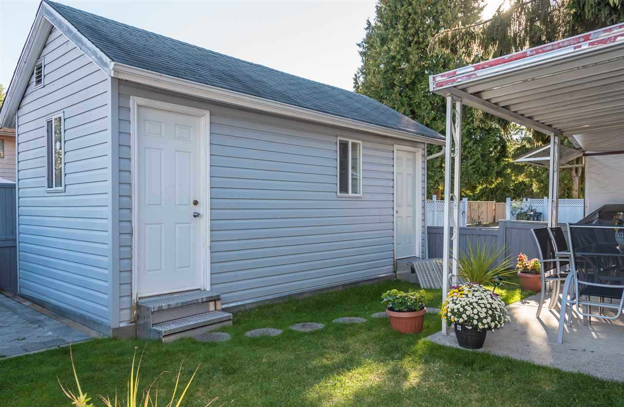 Detached at 14906 96 AVENUE, North Surrey, British Columbia. Image 15