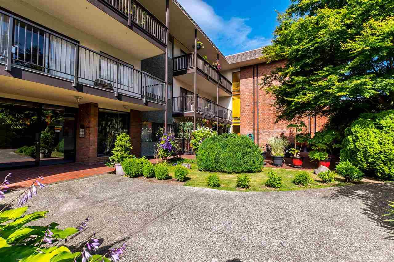 Condo Apartment at 304 155 E 5TH STREET, Unit 304, North Vancouver, British Columbia. Image 1