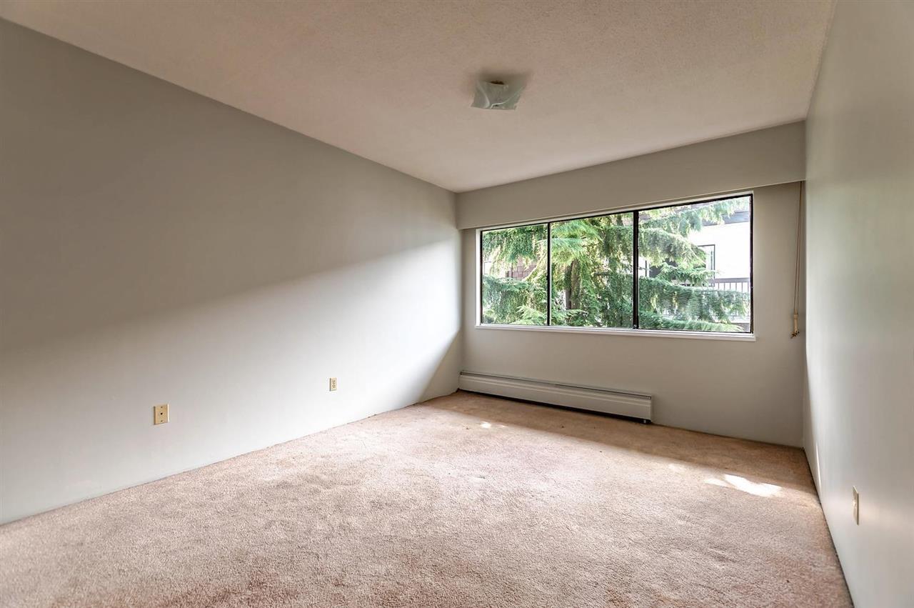 Condo Apartment at 304 155 E 5TH STREET, Unit 304, North Vancouver, British Columbia. Image 9