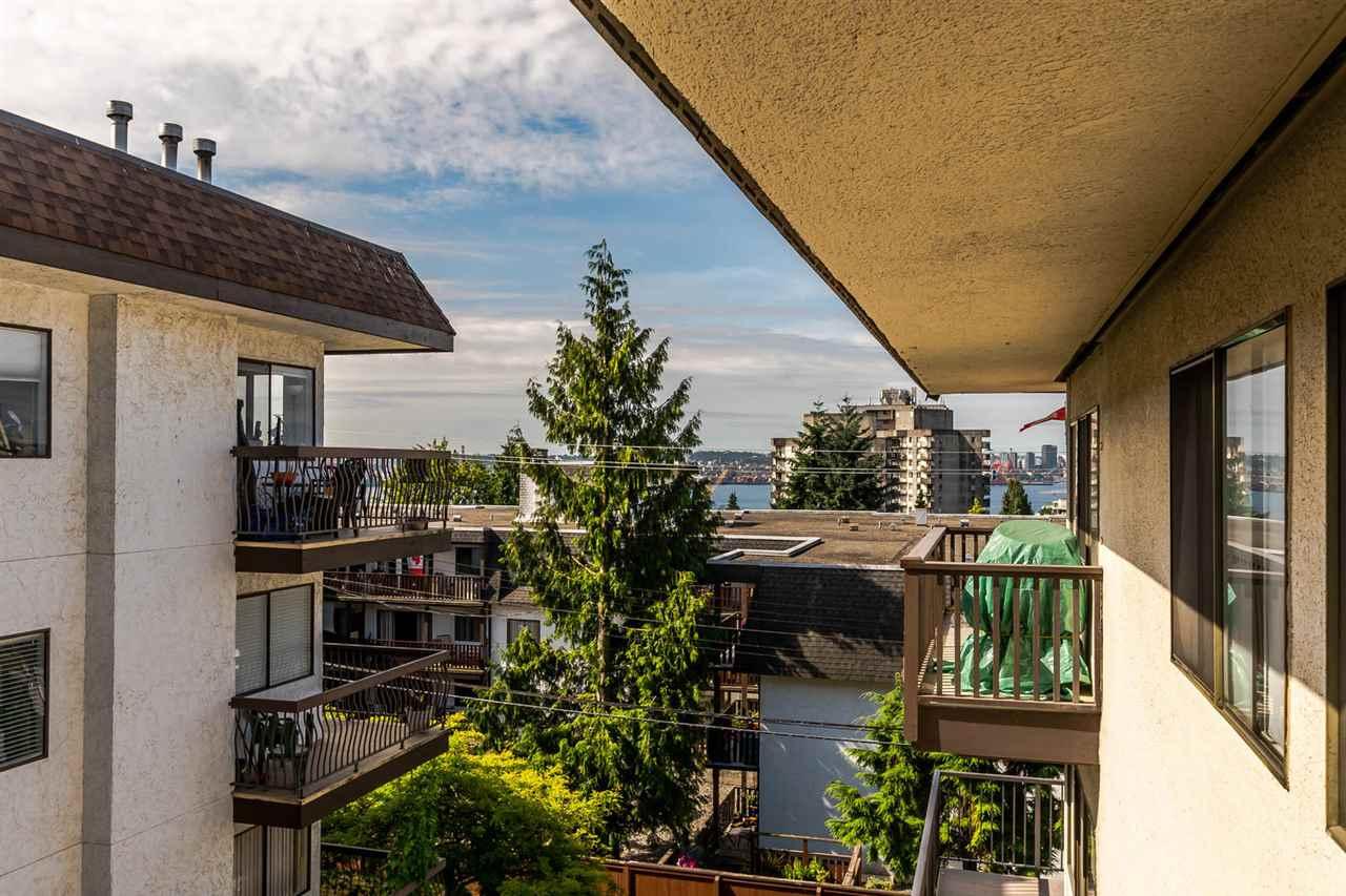 Condo Apartment at 304 155 E 5TH STREET, Unit 304, North Vancouver, British Columbia. Image 12