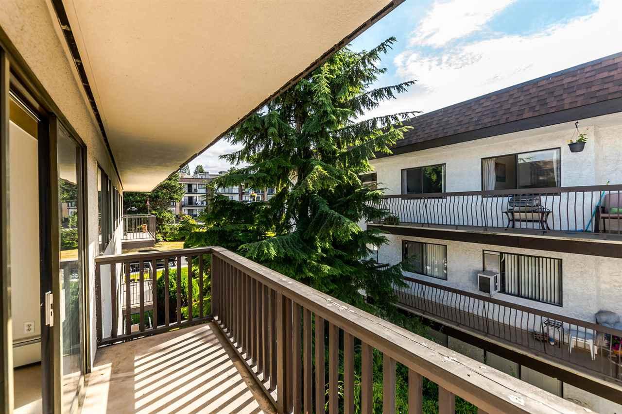 Condo Apartment at 304 155 E 5TH STREET, Unit 304, North Vancouver, British Columbia. Image 14