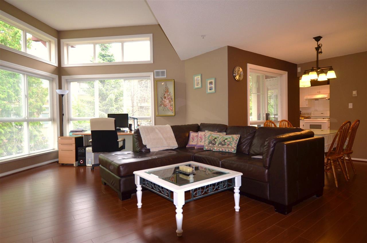 Condo Apartment at 310 15342 20 AVENUE, Unit 310, South Surrey White Rock, British Columbia. Image 6