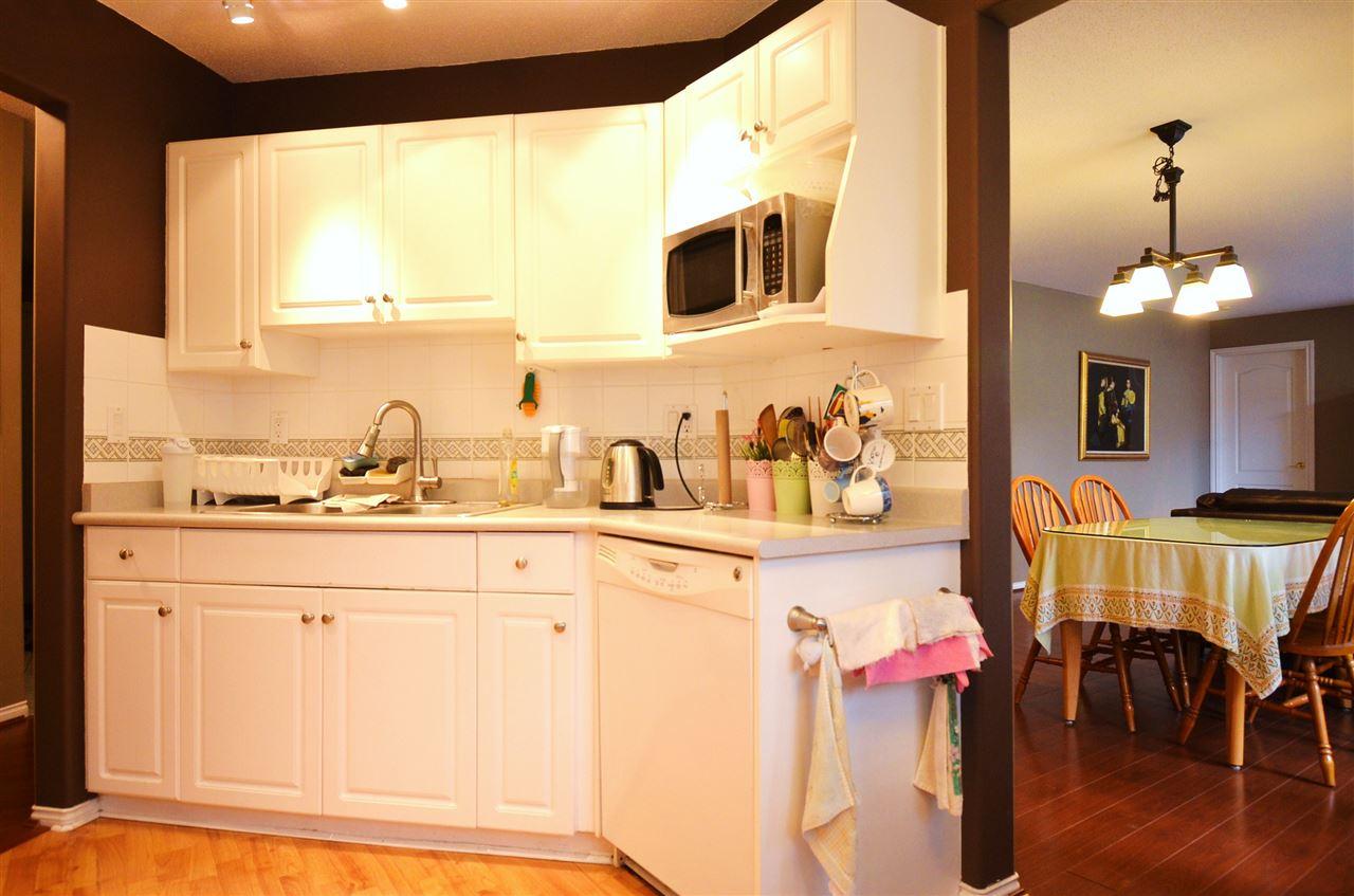 Condo Apartment at 310 15342 20 AVENUE, Unit 310, South Surrey White Rock, British Columbia. Image 9