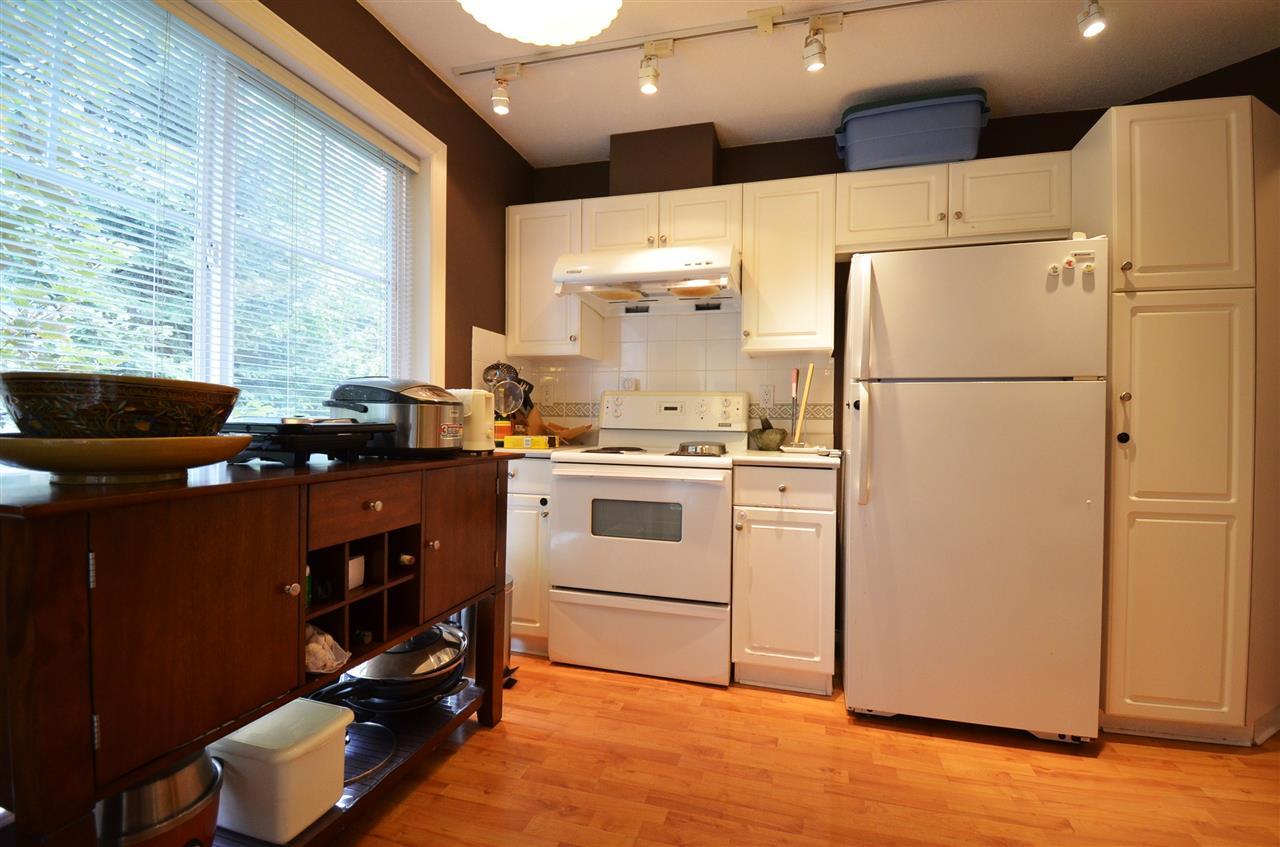 Condo Apartment at 310 15342 20 AVENUE, Unit 310, South Surrey White Rock, British Columbia. Image 10