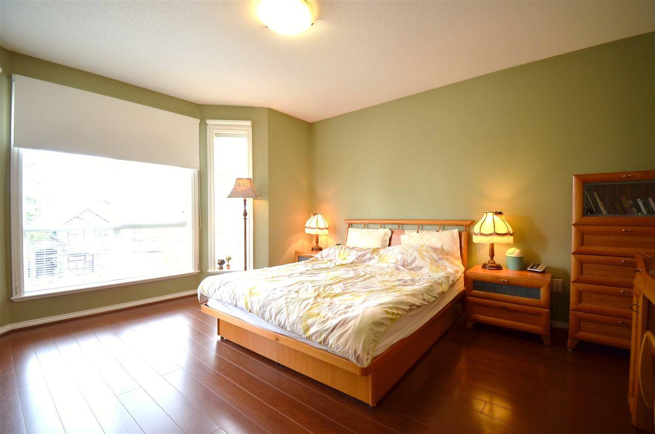 Condo Apartment at 310 15342 20 AVENUE, Unit 310, South Surrey White Rock, British Columbia. Image 12